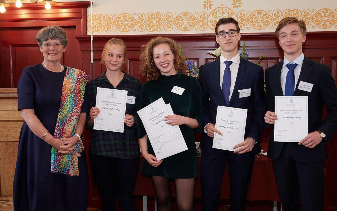 Profielwerkstukprijzen 2017 naar Lyceum Sancta Maria en KSG Hoofddorp