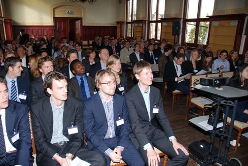 Expertforum 2 oktober 2010: Vertrouwen en wantrouwen in de maatschappij
